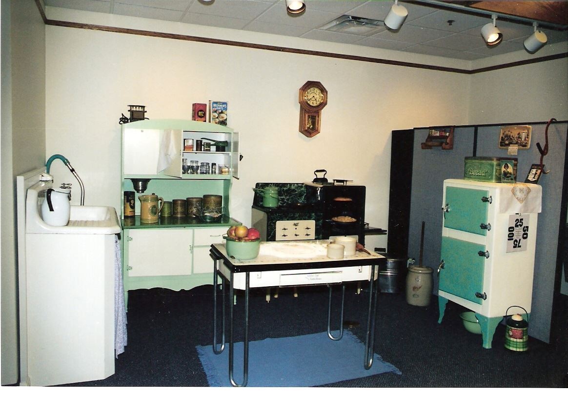 1930s Kitchen Display